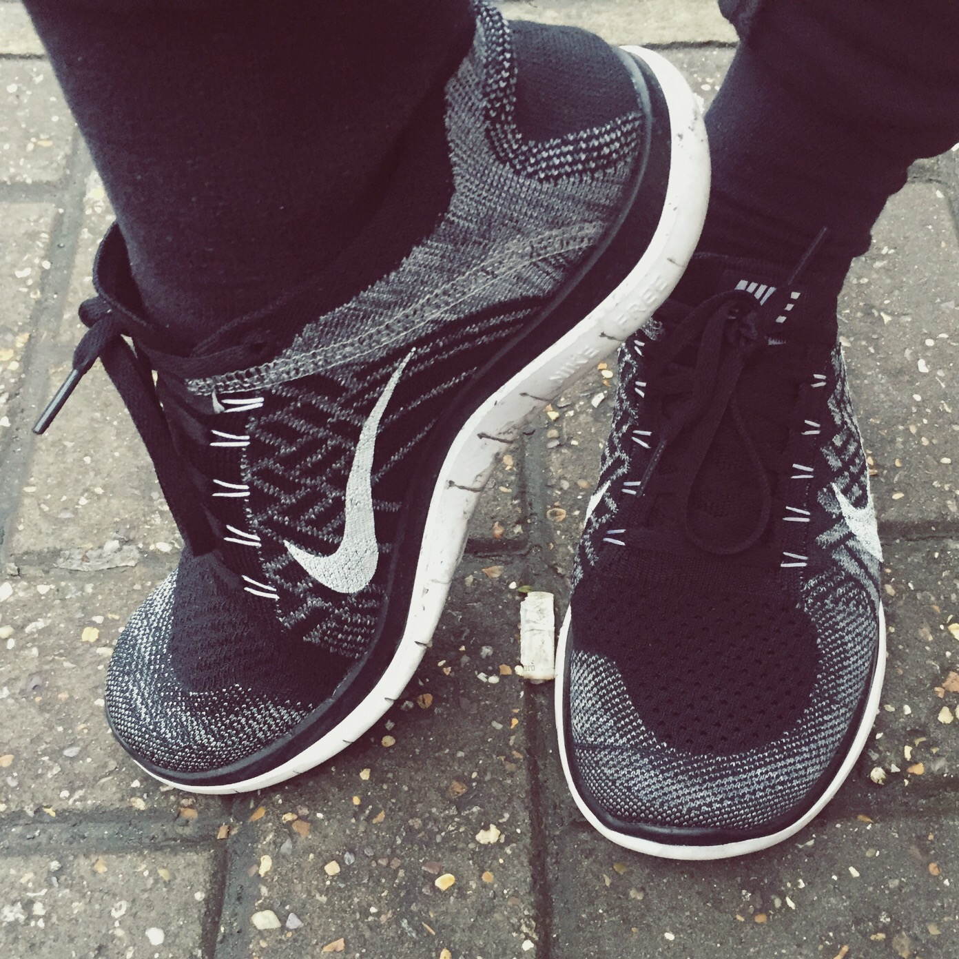 nike free flyknit 4.0 with jeans